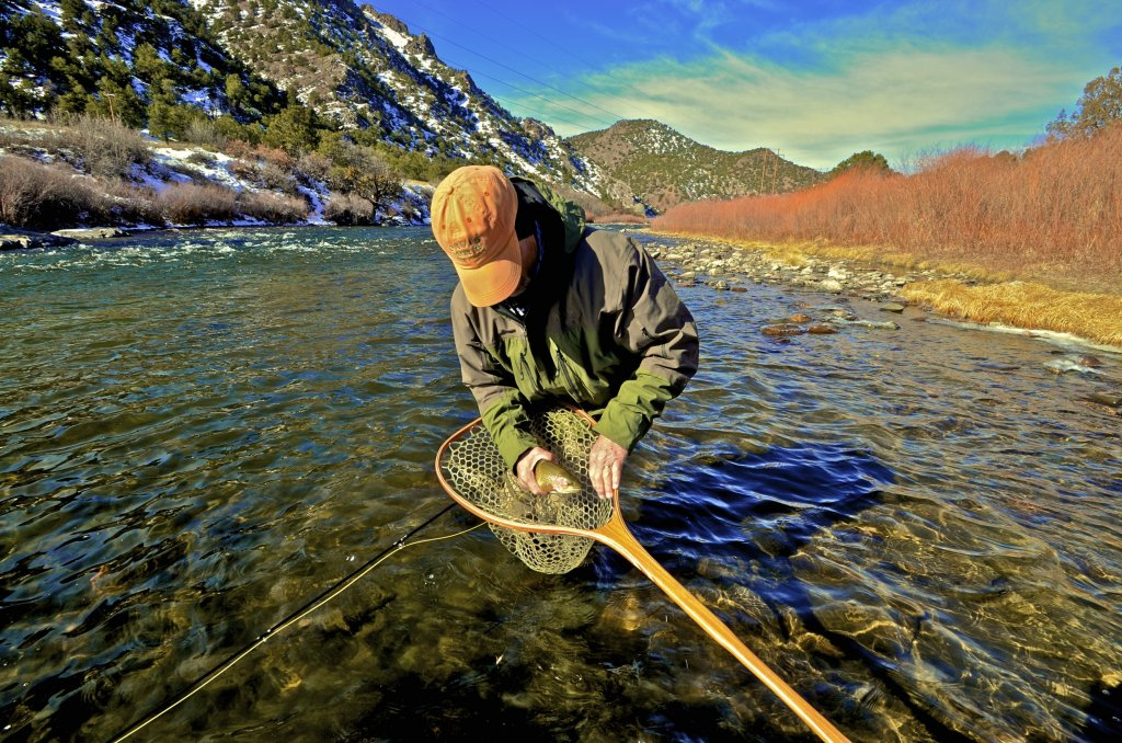 Guided fly fishing trips guided float fishing or wade fly for Colorado fishing trips